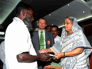 Families of Bangladesh fire victims get compensation ...