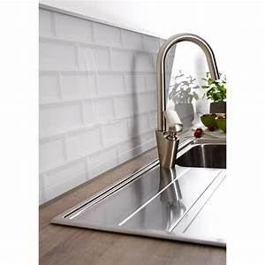 credence verre carrelage metro blanc h45 cm x l80 cm With carrelage adhesif salle de bain avec eclairage led rail