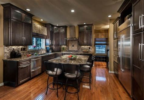 pictures of tiled kitchen countertops traditional kitchens traditional kitchen louisville 7491
