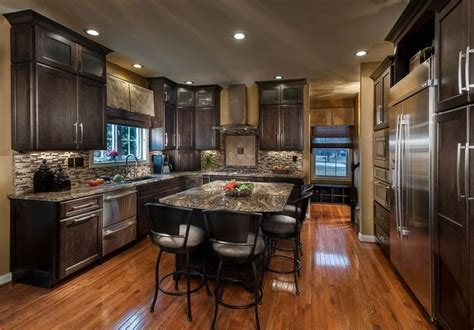 Traditional Kitchens   Traditional   Kitchen   Louisville