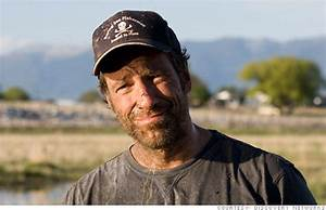 Mike Rowe of 'Dirty Jobs' wants to promote blue collar ...