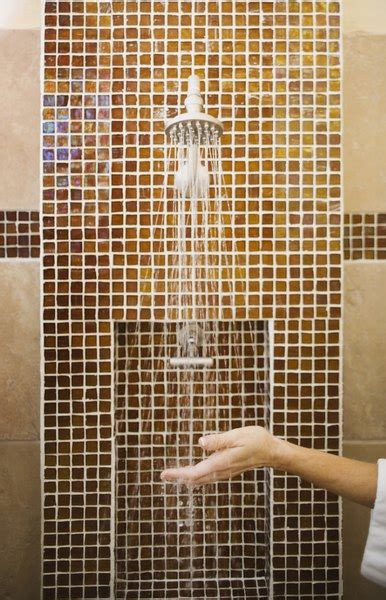 examples  mosaic tile ideas   bathroom home guides