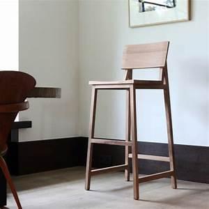 Chaise Pour Table Haute : chaise haute pour table bar finest superbe bar pour maison design la chaise haute de bar quelle ~ Teatrodelosmanantiales.com Idées de Décoration