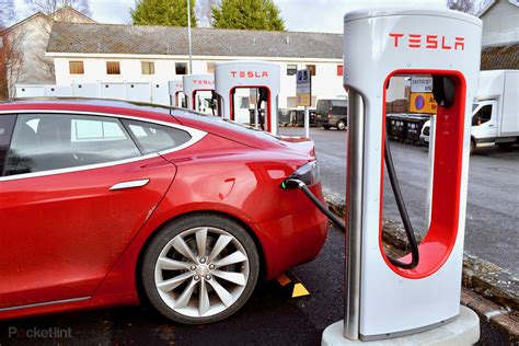 electric tesla charging cars charge 100d ev king scotland stations lint pocket gearbrain supercharger london reigning mail explained