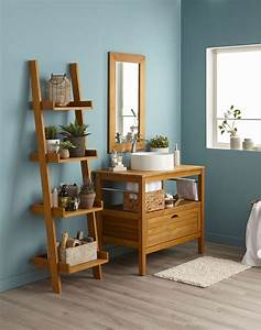 salle de bains bleue lumineuse avec son meuble sous vasque With meuble salle de bain bois