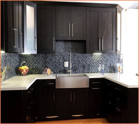 maple shaker style kitchen cabinets maple shaker style kitchen cabinets home design ideas 9119