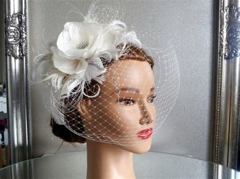 Birdcage Veil Vintage Style Wedding Headdress. Ivory