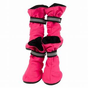 Protect paws from frosty pavement with top pawr dog boots for Petsmart dog boots