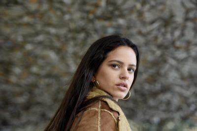 Rosalia  Pienso En Tu Mirà  Music Video  Conversations