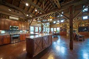 Texas country barn home heritage restorations for Barn houses in texas
