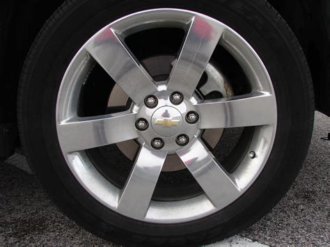 replacement center cap  oem wheels chevy trailblazer