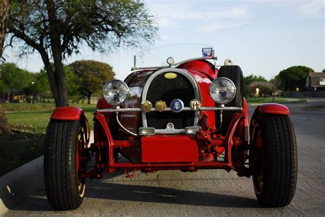 Furthermore, privateer type 35s were raced in almost every event at the time. 1927 Bugatti Type 35 Kit Car (VW) | 1927 Bugatti Type 35 Kit… | Flickr