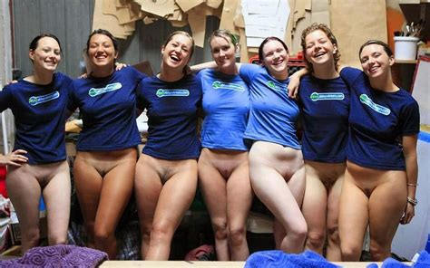 Happy Bottomless Group Porn Photo EPORNER