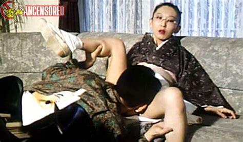 Kiyomi Ito Nue Dans Rafureshia