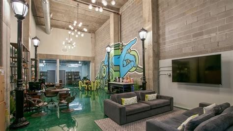 dwell atl luxury apartments  rent  atlanta ga