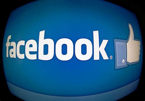 05.10.2021 00.20 online seit heute, 0.20 uhr bei einem ungewöhnlich großen ausfall sind am montag gleich mehrere dienste des facebook. #facebookdown: Facebook-Ausfall sorgt für Aufruhr und ...