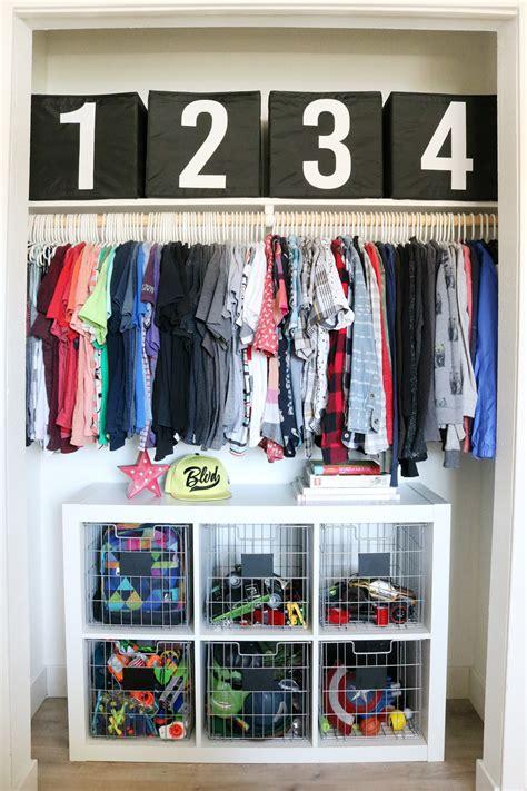 Simple Closet Organization by Boys Room Easy Closet Organization And Decor Ideas