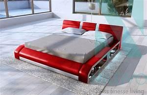 Lit 180x200 Design : lit floyd avec clairage led nativo meubles design france ~ Teatrodelosmanantiales.com Idées de Décoration