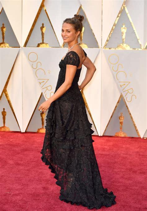 Alicia Vikander Oscar 2017 Red Carpet Arrival Oscars Red