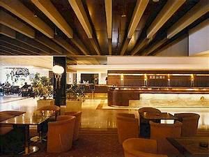 Hotel international praha architektonický styl