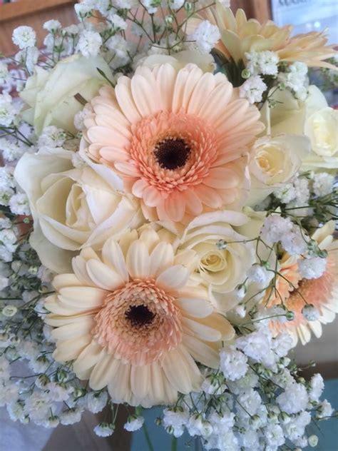 wedding bouquet arrangement gerber daisies roses baby s