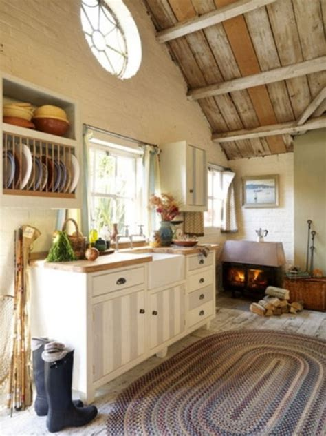 cottage kitchens ideas 38 cozy and charming cottage kitchens digsdigs