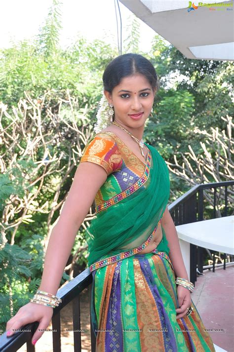 navel thoppul low hip show in saree page 95 xossip