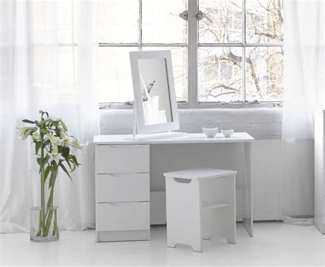 Best Chair For Vanity by Fresh Best Disney Vanity Dressing Table And Chair 23373