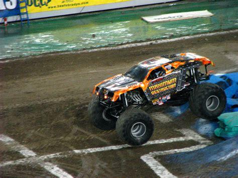 monster truck shows in florida monster jam raymond james stadium ta fl 040