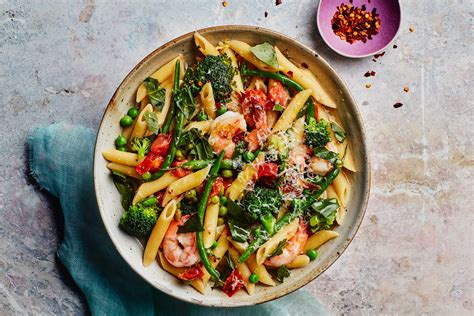 pot cuisine one pot pasta primavera with shrimp recipe epicurious com