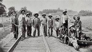 Mexican workers recruited to work on the railroad in ...