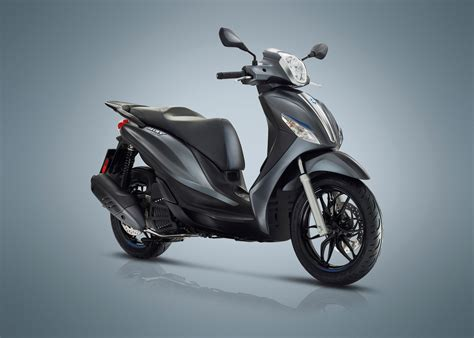 Review Piaggio Medley by 2018 Piaggio Medley 150 Special Edition Review