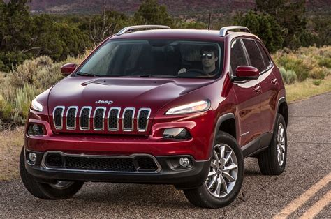 jeep cherokee 2014 jeep cherokee first drive motor trend