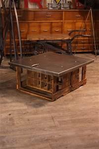 Table Basse Qui Monte : renaud jaylac brocantes antiquites industrielles meuble de metier d 39 atelier ~ Medecine-chirurgie-esthetiques.com Avis de Voitures