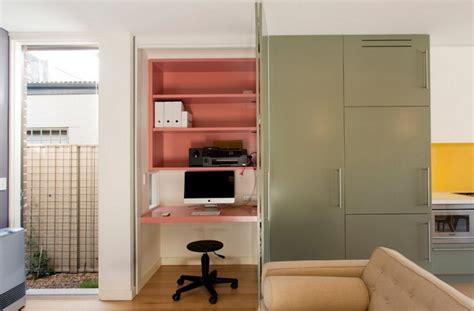 Pc Im Wohnzimmer Integrieren by Arbeitsplatz Und Drucker Im Wohnzimmer Verstecken Ideen
