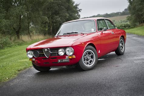 Alfa Romeo Gtv 2000 by 2000 Alfa Romeo Gtv Photos Informations Articles