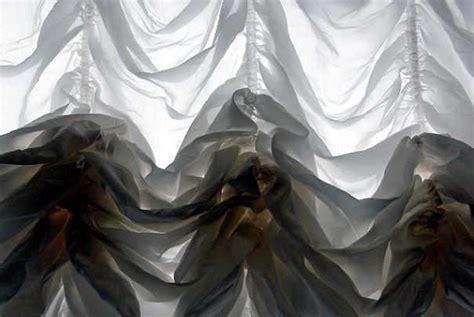 nettoyer le cuir d un canapé comment donner de la blancheur aux rideaux et voilages