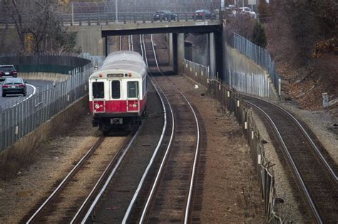 MBTA Considers Upgrading Full Red Line Fleet To Boost ...