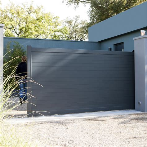portail aluminium coulissant leroy merlin portail coulissant aluminium concarneau gris anthracite naterial l 350 x h 153cm leroy merlin
