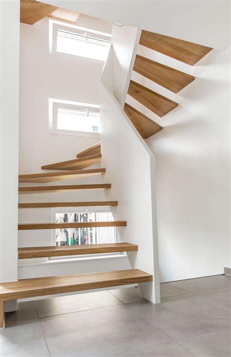 1 2 gewendelte treppe halbgewendelte treppe in schorndorf holzmanufaktur ballert
