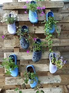Diy Garten Ideen : garden diy upcycling shoe flower pots bl hende schuhe garten recycling das ist ja mal eine ~ Indierocktalk.com Haus und Dekorationen