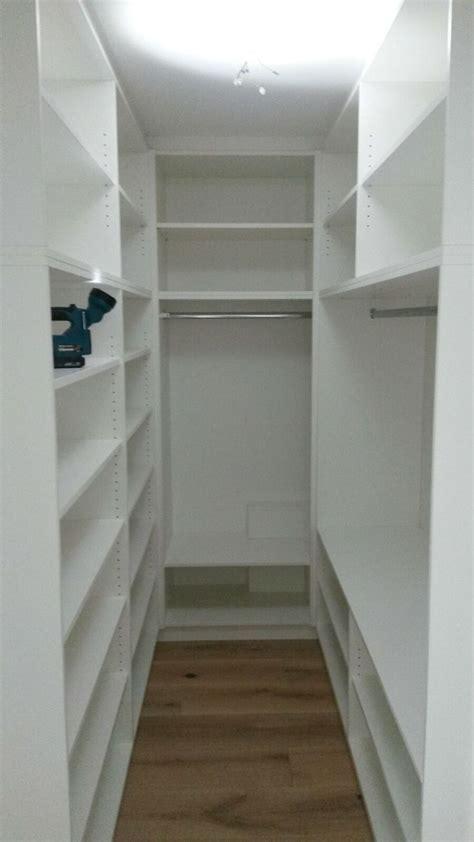 Begehbarer Kleiderschrank Günstig by Die Besten 25 Begehbarer Kleiderschrank Ikea Ideen Auf