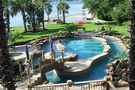 Backyard Pool With Lazy River by Great Lazy River Pool Design Play Pool In The Center