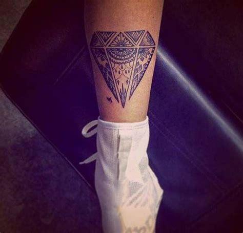 tattoo diamant mandala tatouage