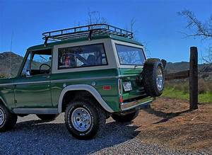 Green early bronco with roof rack   Classic bronco, Old bronco, Ford bronco