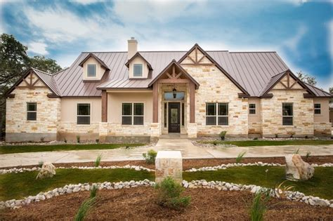 hill country model home