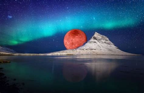 Solve Blood Moon At Kirkjufell Mountain Iceland Jigsaw