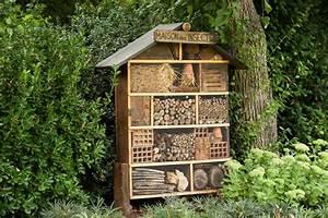 Abri à Insectes : les insectes utiles du jardin a se passe au jardin ~ Premium-room.com Idées de Décoration