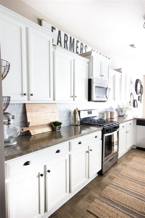 white kitchen makeovers 17 best ideas about modern farmhouse kitchens on 1046