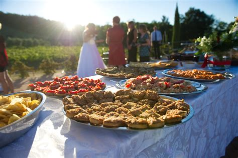 o cuisine delightful wedding farmhouse near volterra